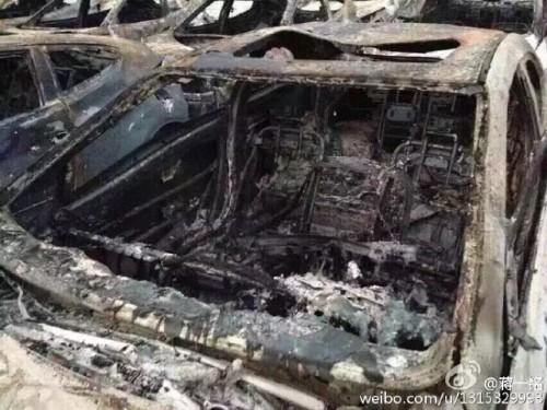 天津爆発クルマ